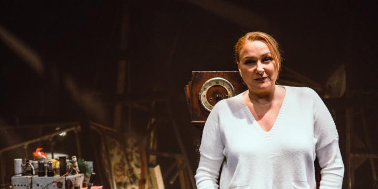 Ρένια Λουιζίδου: Τι αποκάλυψε για τον μισθό της από το «Καφέ της Χαράς»