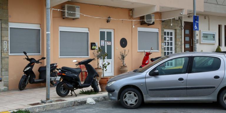 Δολοφονία στο Ηράκλειο: «Τη χτυπούσε κι όταν ήταν έγκυος», λέει ο πατέρας της 33χρονης