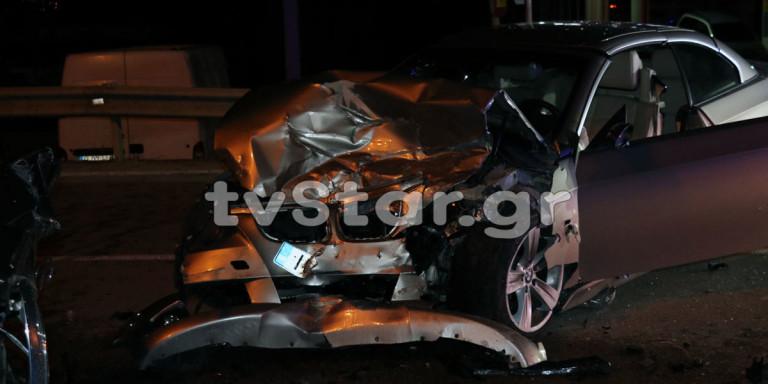 Τραγωδία στη Λαμία: Οικογένεια επέστρεφε από γάμο και συγκρούστηκε με ΙΧ -Ενας νεκρός, 5 τραυματίες [εικόνες & βίντεο]
