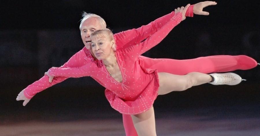 Ζευγάρι 79 και 83 ετών καθηλώνει το κοινό με μία εκπληκτική χορογραφία στον πάγο