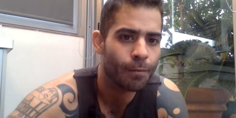 Ο νεαρός παπάς Ιάσων, με τα τατουάζ, πέταξε τα ράσα και εξηγεί το γιατί
