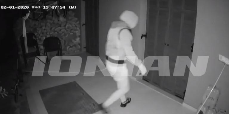 Βίντεο: Απόπειρα ληστείας σε σπίτι επιχειρηματία στην Ζάκυνθο- Εφυγαν άρον άρον