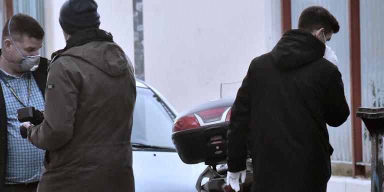 Εγκλημα στα Πετράλωνα: Ο 21χρονος έσφαξε τον νονό του, τον τεμάχισε και τον πέταξε στα σκουπίδια