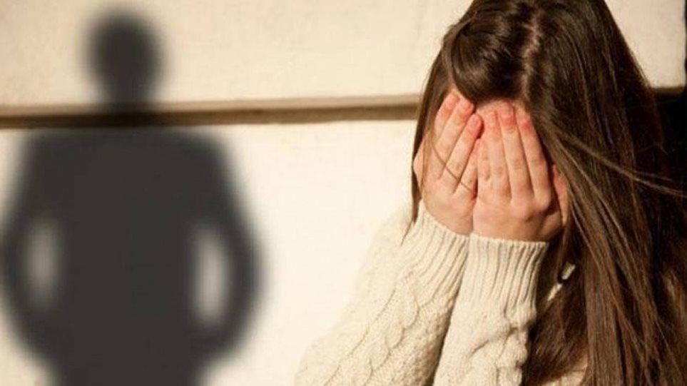 Αποτέλεσμα εικόνας για Σοκ: Πατέρας στην Κρήτη βίαζε επί 15 χρόνια την κόρη του